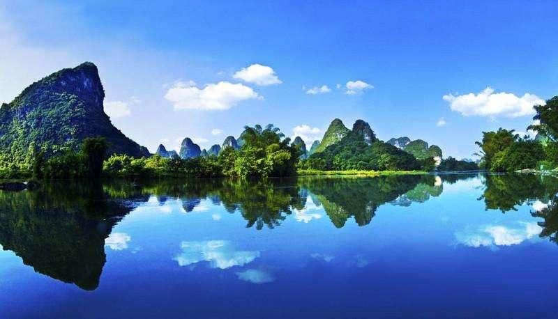 桂林叠彩风景图片